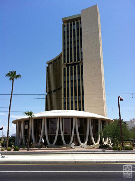 Architectures de banques et bureaux vintages - 1950's & 1960's Office & Bank  Phxfin10