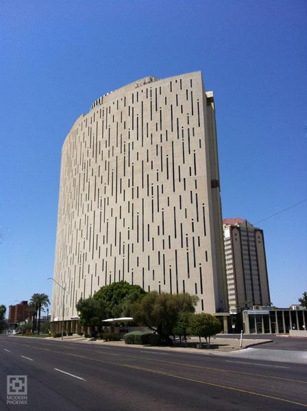Architectures de banques et bureaux vintages - 1950's & 1960's Office & Bank  Phxfin11