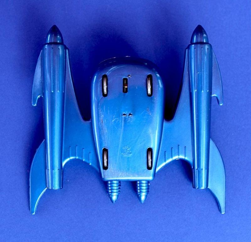 Jouets Spaciaux - Sci-Fi Toys - Page 2 Post-410