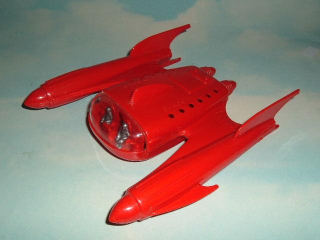 Jouets Spaciaux - Sci-Fi Toys - Page 2 Rkoch312