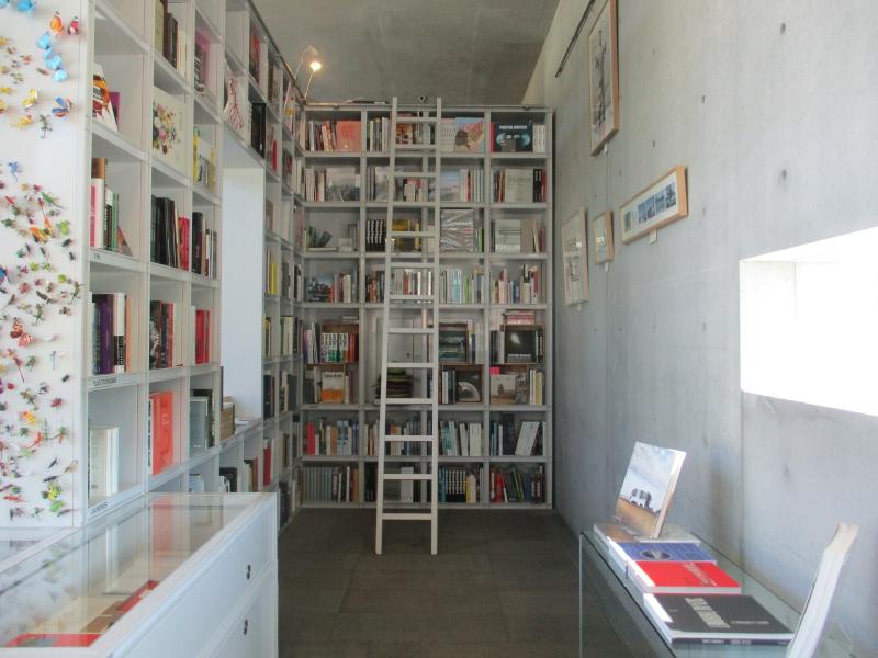 Une librairie idéale ? - Page 5 Img_2212