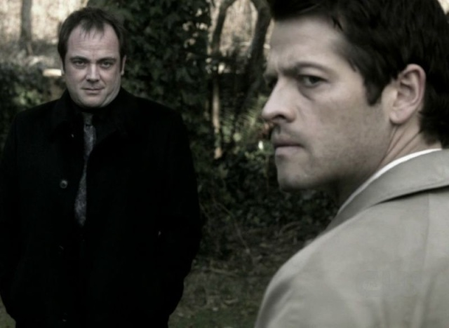 Beautiful Monster [Feat Crowley & Castiel] Vlcsna11