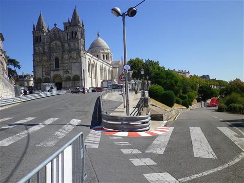 Le Circuit des Remparts d'Angoulême Ta12_011