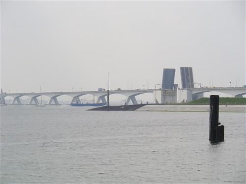 Le pont, incontournable du paysage routier Zandma24