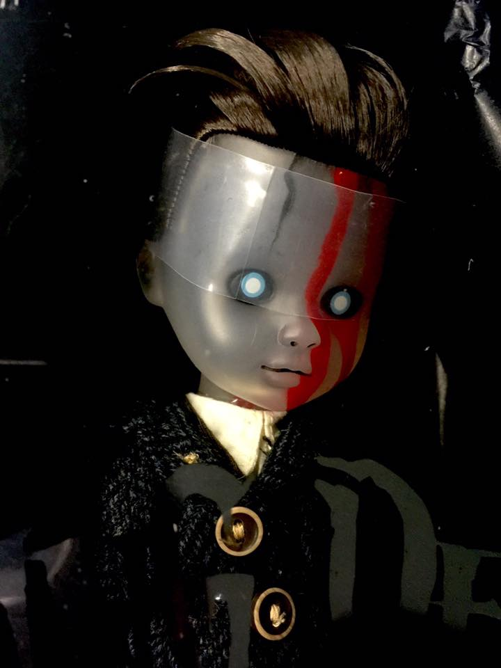Living Dead Doll Series 31 - Case of 5 Don't Turn Out The Lights 13315412