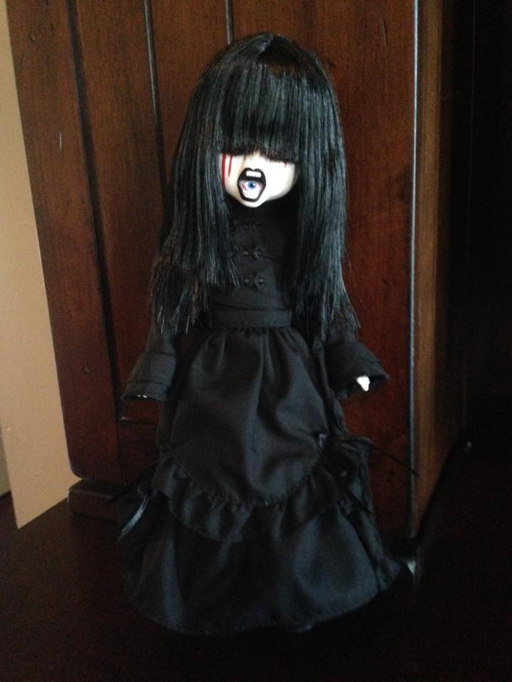 Living Dead Doll Series 31 - Case of 5 Don't Turn Out The Lights 13325410