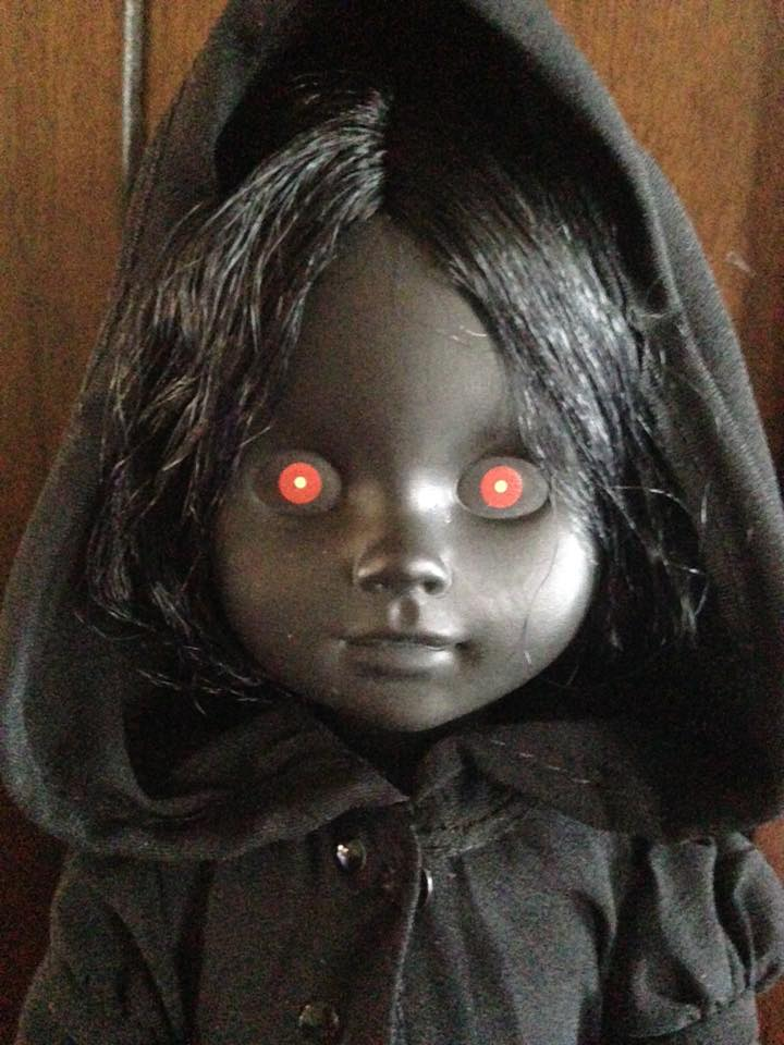 Living Dead Doll Series 31 - Case of 5 Don't Turn Out The Lights 13344610