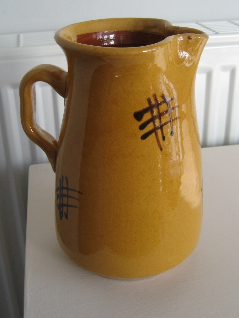 Jug With Yellow Glaze And Slip Design. Img_3716
