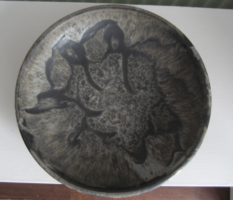 Shallow Dish With MC Incised Img_3721