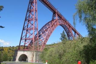 Le pont, incontournable du paysage routier Img_2711