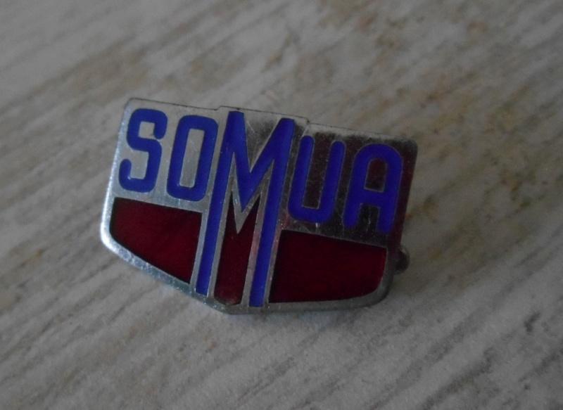 Insigne de la marque SOMUA ESC - OCT 2 - BAISSE - RE BAISSE Dscn4342