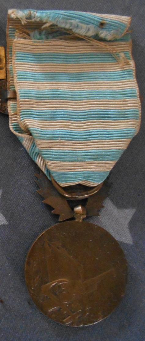 """Médaille COMMÉMORATIVE DE SYRIE-CILICIE agrafe """"LEVANT"""" VENDUE Dscn5435"""