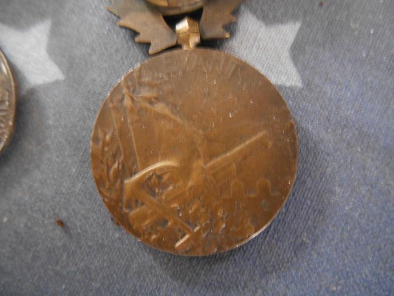 """Médaille COMMÉMORATIVE DE SYRIE-CILICIE agrafe """"LEVANT"""" VENDUE Dscn5436"""