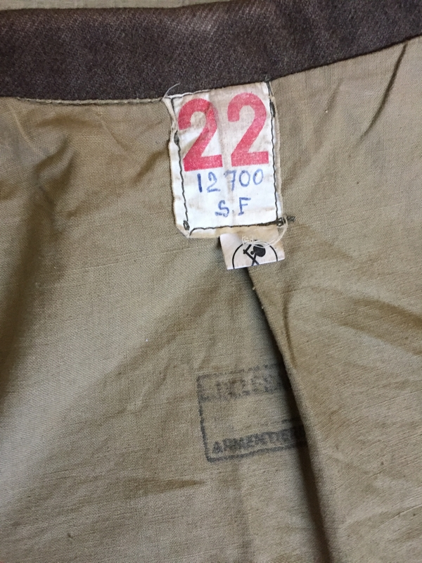 Tenue mod. 46 de la 15e Compagnie Saharienne portée - PHILPENS - JUILLET 3 - BAISSE DE PRIX Img_6923