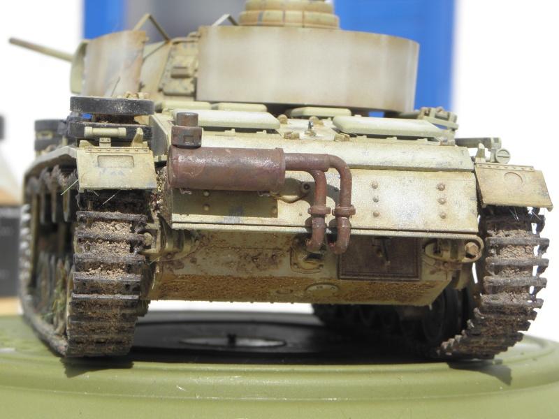 Panzer III Ausf M Dragon 1/35 canon et schürzen en photodécoupe P3280410