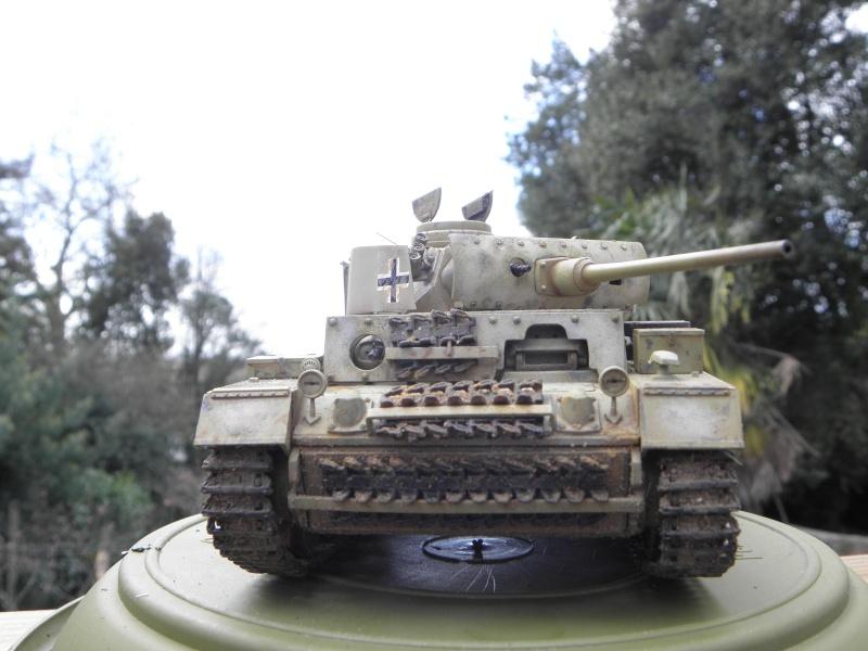 Panzer III Ausf M Dragon 1/35 canon et schürzen en photodécoupe P3280414