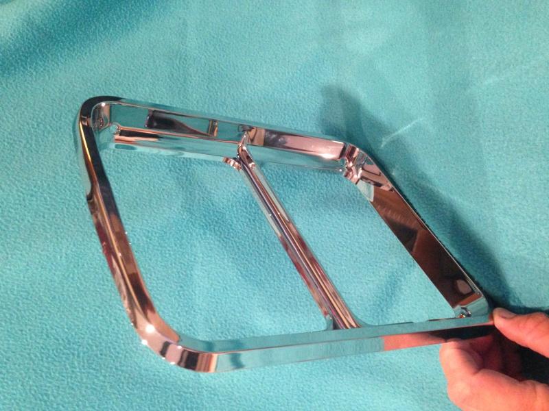 New headlight bezels for 76/77 Image11