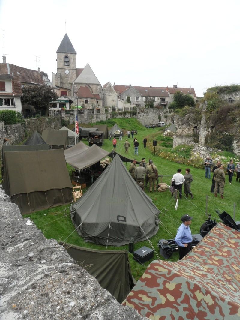 Véhicules militaires 113