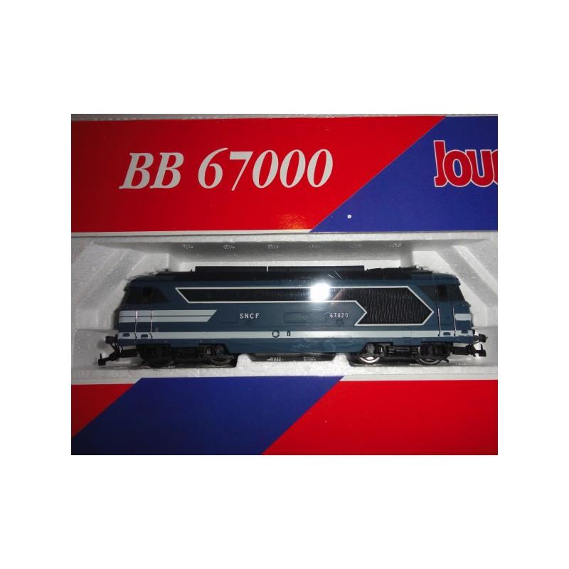 Le RAMBOLITRAIN, c'est aussi des automobiles... Bb-67010