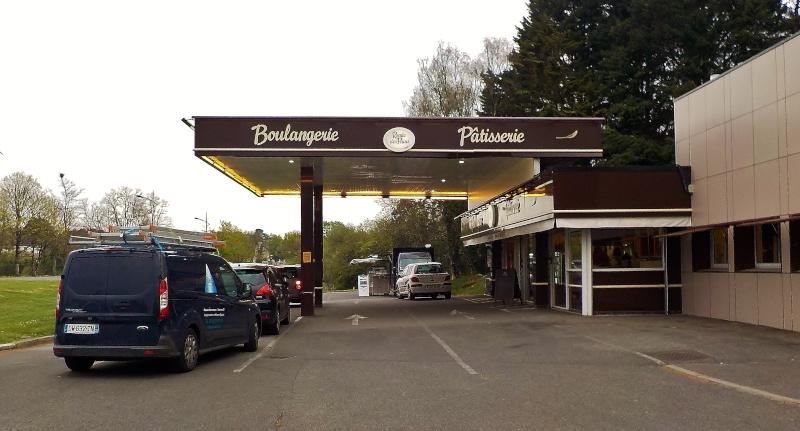 Les Stations-Service & les Garages Dscn3512