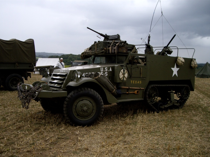 Véhicules militaires Imgp5411
