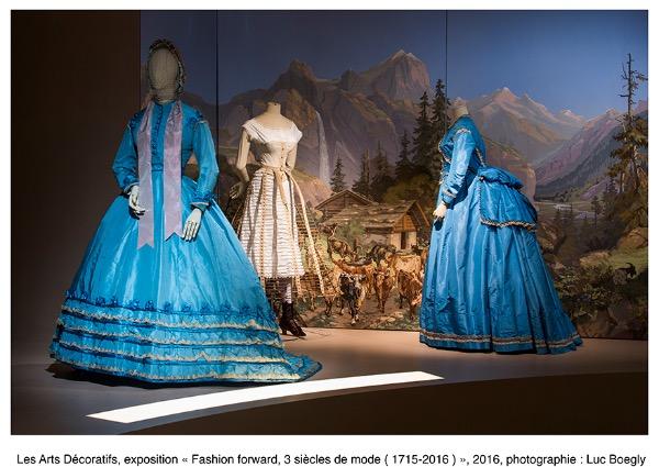 """Fashion Forward"" aux Arts Décoratifs 4-510"