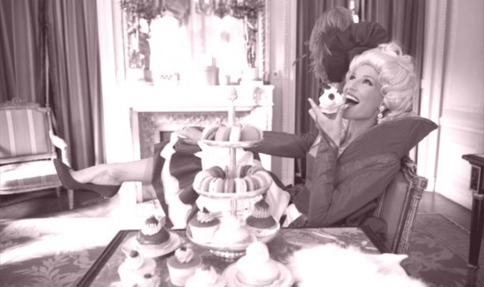 Marie Antoinette et l'éternel people Ztoor10