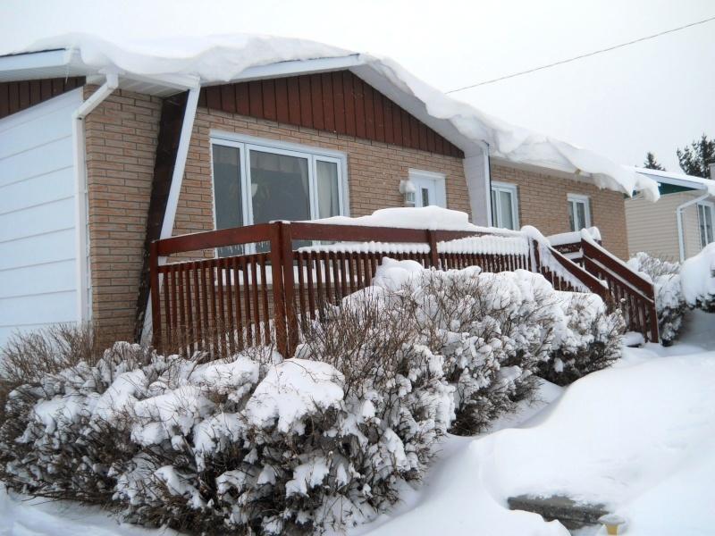 glace sur le toit de la roulotte - Page 2 Dscn2511