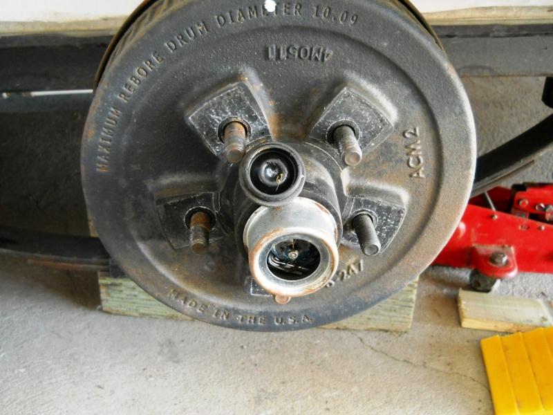 Entretien : Essieux, freins, suspension et châssis   Dscn2514