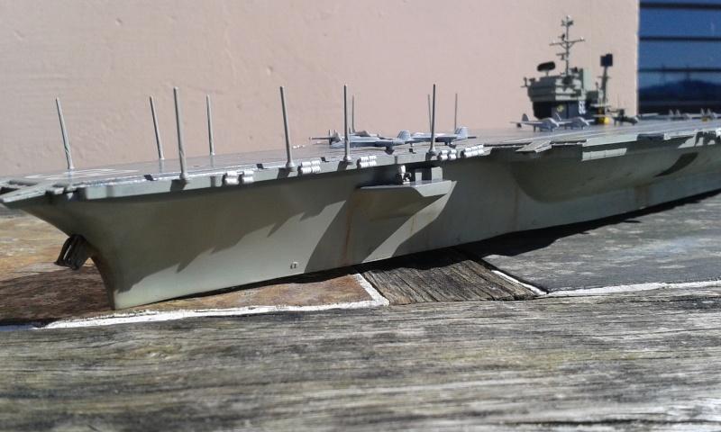 """Don't Tread On Me"" - USS America CVA/CV-66 (Italeri 1/720) - Page 3 20160435"