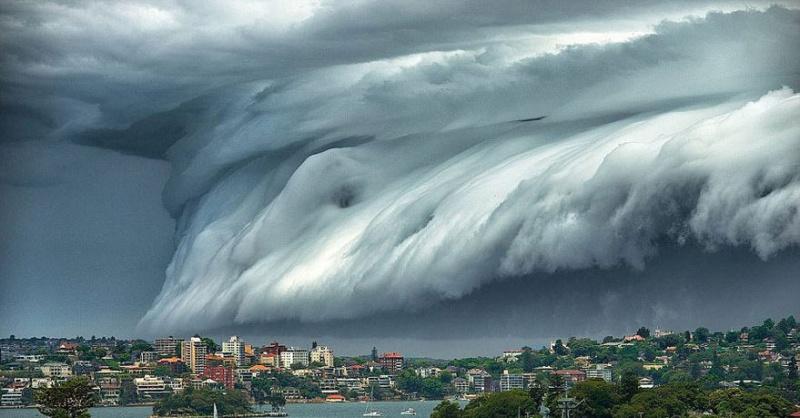 Un super « Nuage de Tsunami » submerge l'Australie Nuage-10