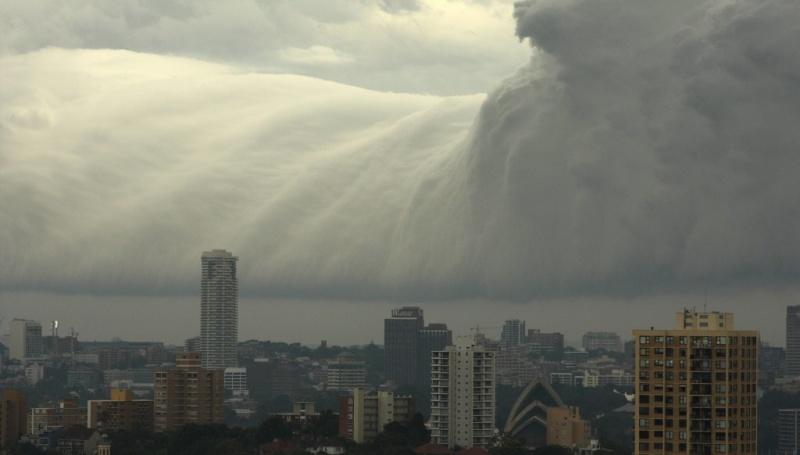 Un super « Nuage de Tsunami » submerge l'Australie Nuage-16