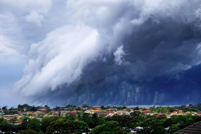 Un super « Nuage de Tsunami » submerge l'Australie Nuage-18
