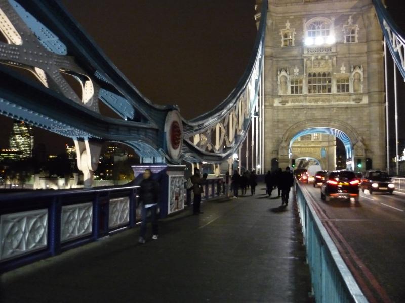 Le pont, incontournable du paysage routier P1040714
