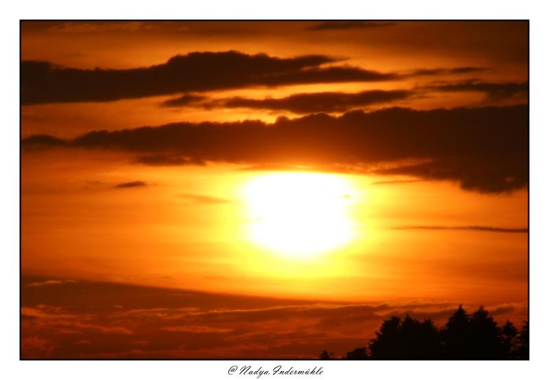 Lever ou coucher de soleil. Cadri293