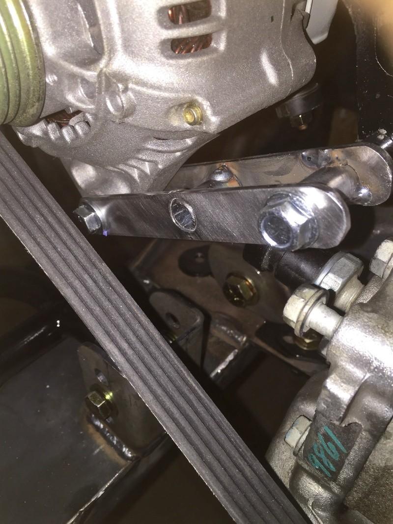 Classic R #27 Build - Alternator, Oil Filter Adapter and Belt Installation Altern12