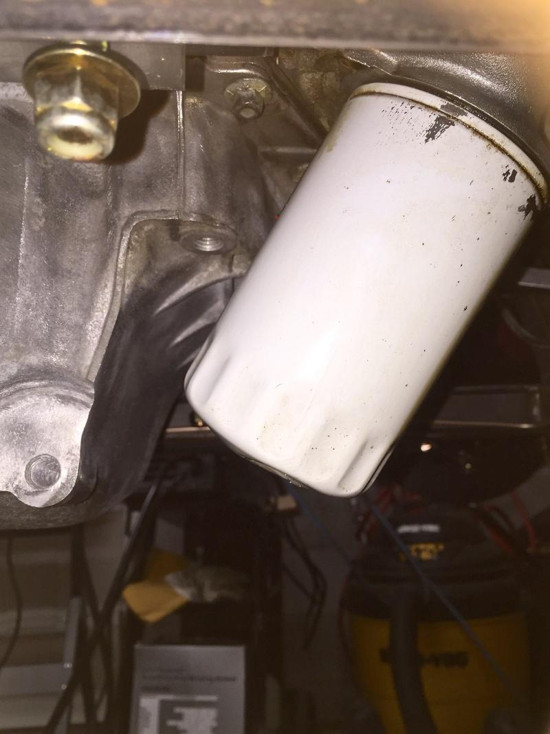 Classic R #27 Build - Alternator, Oil Filter Adapter and Belt Installation Oil-fi10