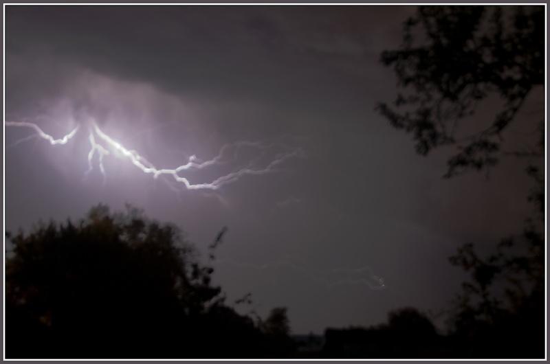 Vous avez dit un orage en mai !!!!  Dsc_1511