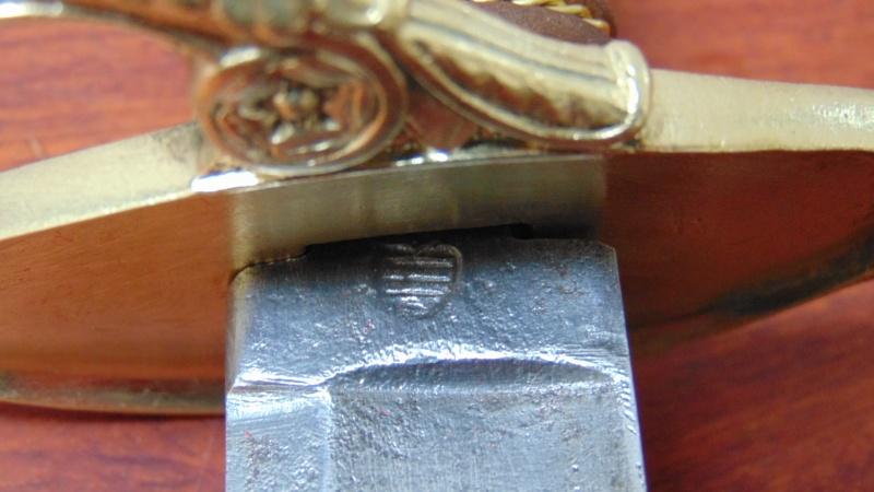 identification poincon sabre 1821 Dsc02410