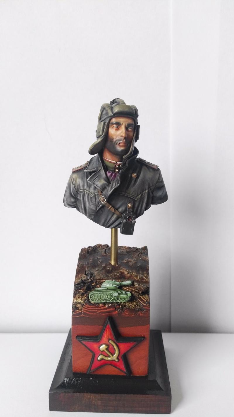 Soviet Tank Commander 1944 terminé  Img_2010
