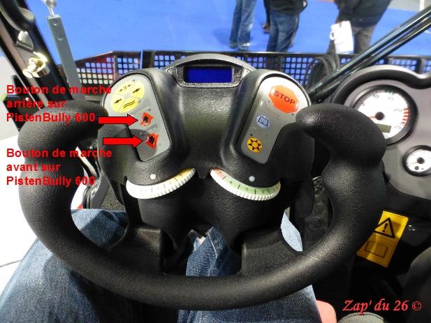 Comment conduire une dameuse ? Volant11