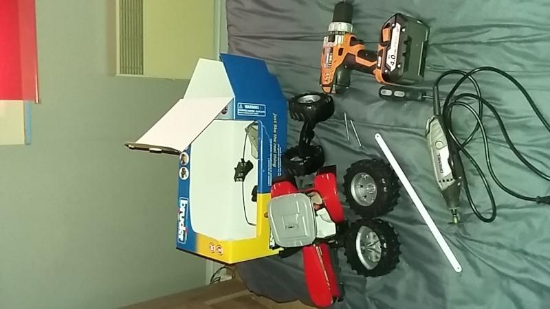 Un tracteur agricole en Carton de calendrier par AURELIEN 14592710