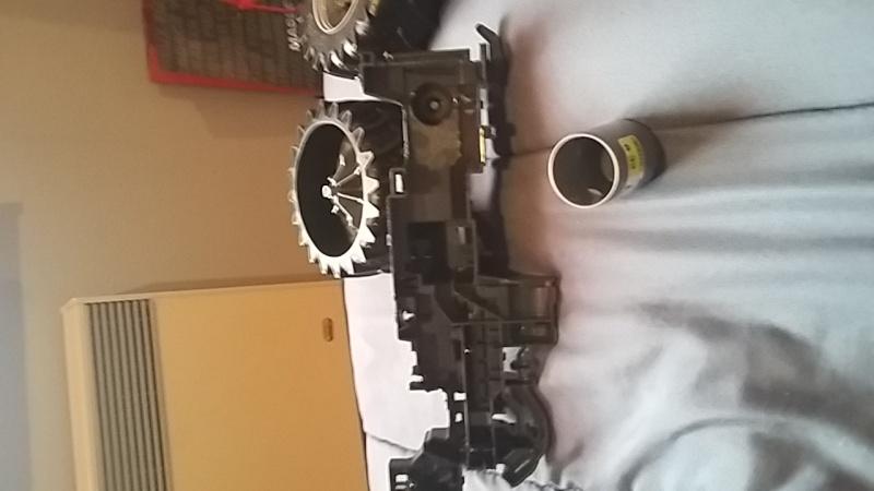 mon premier tracteur Massey ferguson  (bruder) 14595911