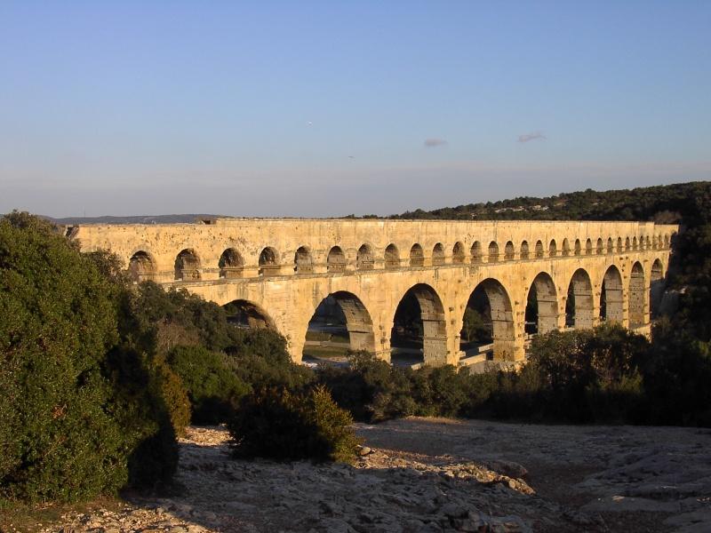 Le pont, incontournable du paysage routier - Page 2 310