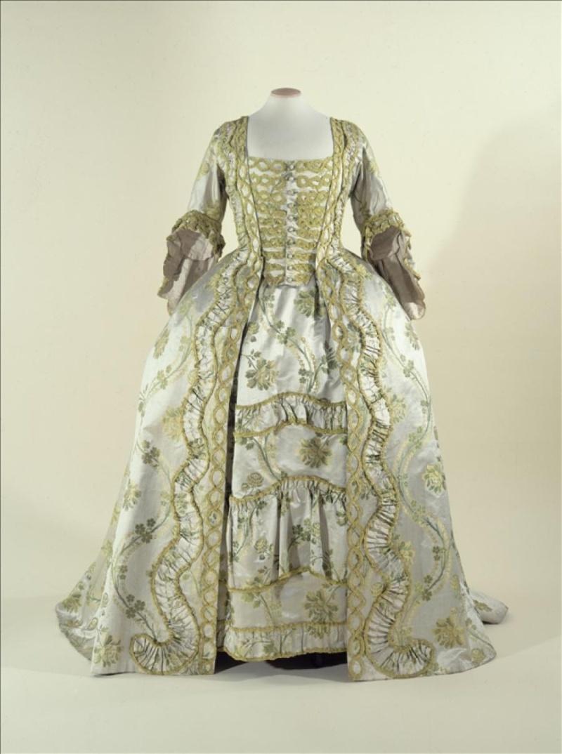 robes XVIIIe: styles, couleurs et matières  34760-10