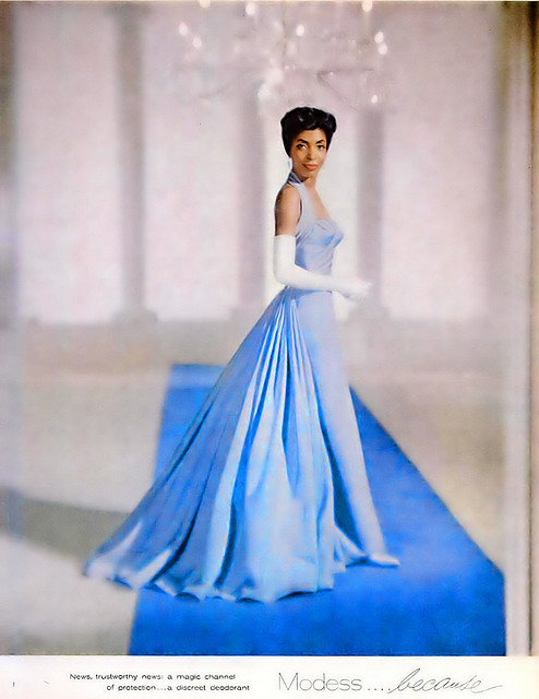 Ball Gown: Ball Dress brief history Newblu11