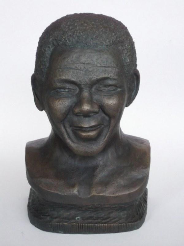 Les étapes pour un Bronze de Madiba Madiba14