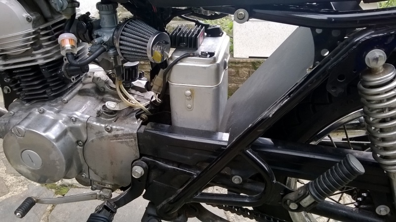 Yamaha SR 125 cafe racer Wp_20196