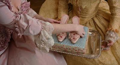 Que penser du Marie Antoinette de Sofia Coppola? - Page 6 Marie-11