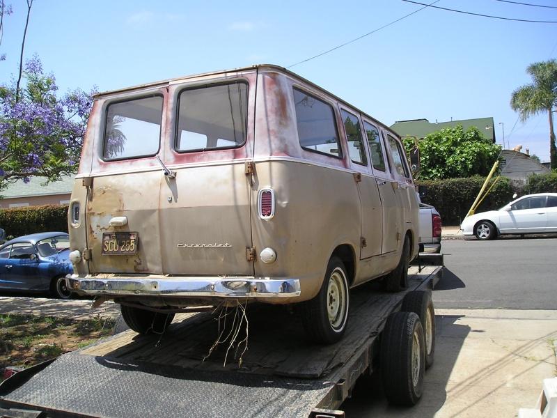 Russell's '66 Sportvan Deluxe First_10